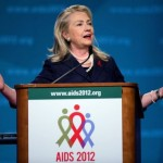 Clinton reveals plan on combating AIDS