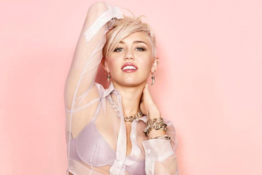 Miley Cyrus Tops Maxim...