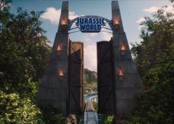 """Trailer for """"Jurassic World"""" Released"""