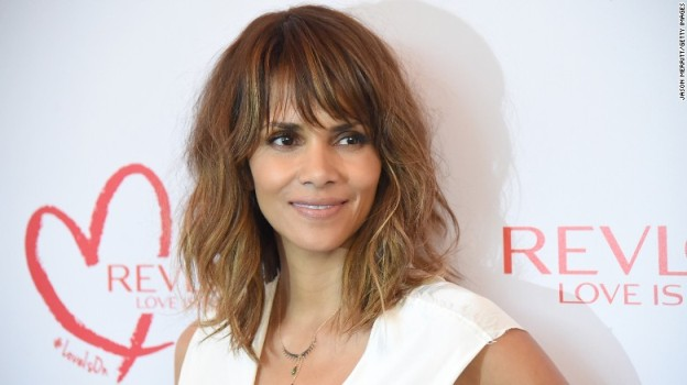 Halle Berry Enters The Social Media World